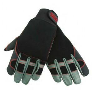 guanti antitaglio protezione su una mano